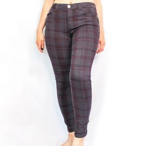 Plaid tartan red and black skinny jeans size 8